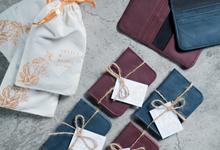 Arlita & Resha Card Holder by Tjenda Gift
