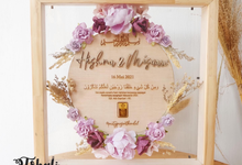 MAHAR LILAC RUSTIC PLYWOOD FRAME NATURAL by Tobaliwedding