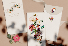 Plum Garden AngPao Envelope by Trouvaille Invitation
