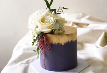 Single tier statement cakes by Twenty Two Cakes