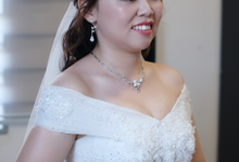 Bride: Tiffany by Twinkle Make Up and Hairdo