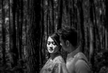 Prewedding Outdor by Ariyan Photography