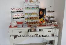 sweet corner for wedding and birthday by The Chocolate Land