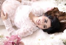Maternity Makeup And Hairdo Package by Natcha Makeup Studio