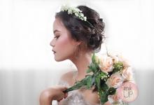 Wedding make up by mikUP