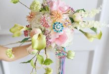Hand Bouquet by The Coppelia