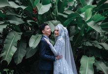 The Wedding of Yuliani & Agung by Qurotta.imagine