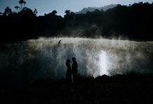 Chintya and Johan Couple Session by Sadajiwa Immagine