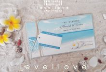 """ Arnold And Venita "" by Levellove Card"