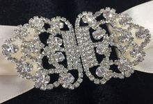 Luxury Boxed Wedding Invitation Featuring Velvet & Rhinestone Clasp Embelliushment by Prestige Creations Co.,Ltd.