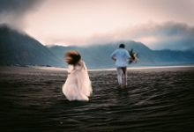 Dedy & Nancy Elopement Session by Chroma Pictures
