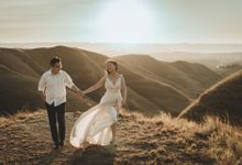 Edwin & Jessica Elopement Session by Chroma Pictures