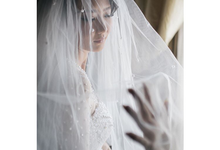Christopher & Melinda Tying-Knot by Vermount Photoworks