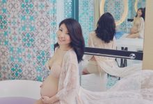 Maternity Boudoir by Bells & Birds