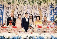 The Traditional Engagement Of Yuliana & Sandy by Vibonacci Event Crafter