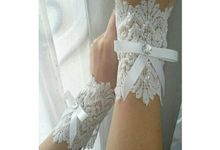 Hand Corsage by Ergasia Craft