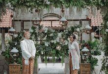 Intimate Garden by the pool by Sheraton Mustika Yogyakarta Resort & Spa
