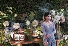 Ina & Putra Enggagement by Akar Daun Decoration