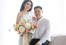 Korean style prewedding of Devilia & Alex by The Flower Philosophy