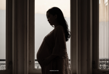 Adri + Venita Maternity by Wedding Factory
