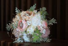 Pastel Fine Artificial Handbouquet by HelloSpringfleur