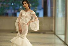 Ethereal Mermaid Wedding Dress by Fenny Wong Indonesia