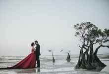 Sumba - Edo & Vivi by Elina Wang Bridal