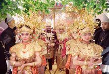 PALEMBANG WEDDING OF IMAY & MORIS by  Menara Mandiri by IKK Wedding (ex. Plaza Bapindo)