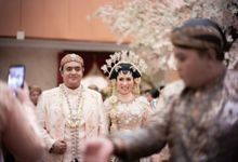 Dhito & Gladys Wedding by Journal Portraits