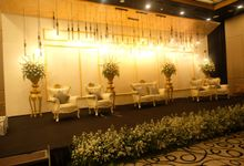 Goldish Wedding Decoration by Aston Priority Simatupang