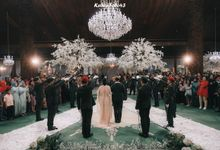 Ingrida Wedding by SVARNA by IKAT Indonesia Didiet Maulana