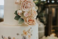 Two Tiers by Gordon Blue Cake