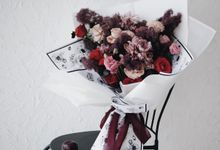 Indah Engagement Bouquet by Bloomette