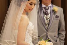 Ferry & Caroline Wedding by Elina Wang Bridal