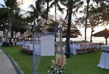 Intimate Wedding at Intercontinental Jimbaran Resort Bali by Nagisa Bali