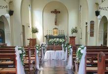 Dekorasi Gereja by Livina Florist