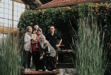 Family Photo by Capture Your Moments