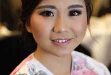 Bridesmaid Makeup by Noii Makeup Artist