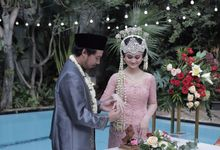 The Wedding of Arini & Dani by Bloom Gift