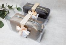 boxy premium packaging mika ribbon for hendric & carolin by Gemilang Craft