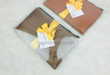 premium zipper pouch packaging box mika ribbon for nur & purwanto by Gemilang Craft