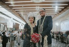 RESEPSI ADAT JAWA PUTTY & FICKRI by  Menara Mandiri by IKK Wedding (ex. Plaza Bapindo)