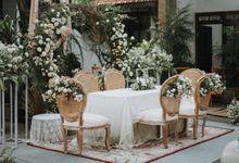 Intimate Rustic Terrace Wedding (Sasa & Rizko) by Kalea Design