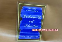 wedding sign by Veddira Souvenir