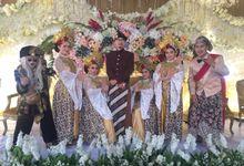 TIM UPACARA ADAT + MC by Sanggar Seni Sunda Gumintang