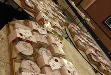 #TheHartofTomo - Customized Food Hampers for Wedding Guest by MANGAN