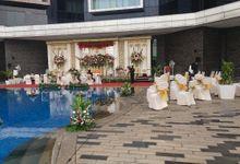 Wedding by the pool by Grand Mercure Jakarta Kemayoran