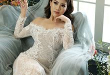 Long sleeve Chantilly dress by iLook ( Makeup & Couture )