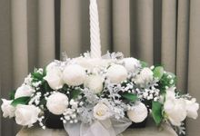 Church Arrangement for Erdick Stephanie Wedding by Floral Treats