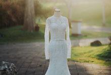 WILLIAM + CINDY WEDDING by Moncheri Pictures